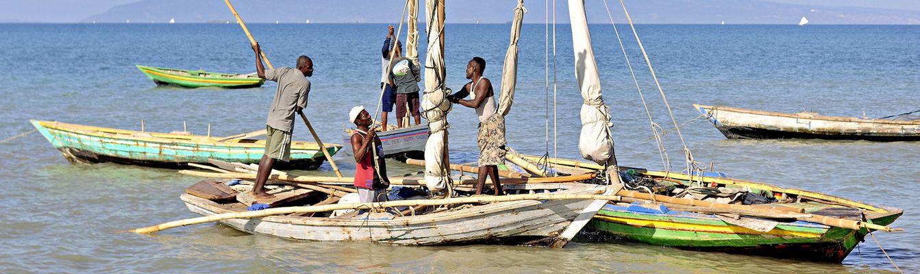 sm_fishing-boats